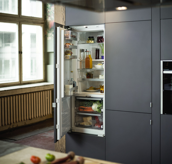 NEFF Built-in Fridge Freezer