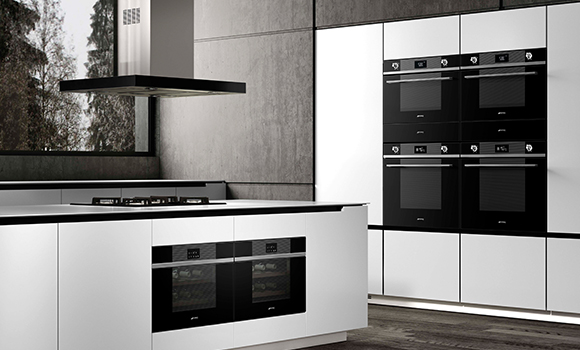Smeg Built-in Ovens, Compacts, Microwaves, Wine Coolers and Hob